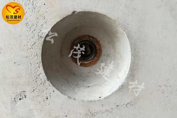新型止水螺杆与通丝焊片止水螺杆施工后都是什么样子的?
